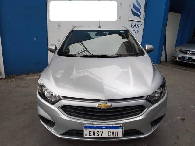 //www.autoline.com.br/carro/chevrolet/onix-14-lt-8v-flex-4p-automatico/2018/sao-paulo-sp/12394662