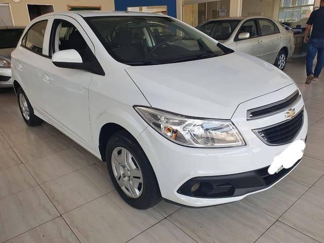 //www.autoline.com.br/carro/chevrolet/onix-10-lt-8v-flex-4p-manual/2014/aracatuba-sp/12602025