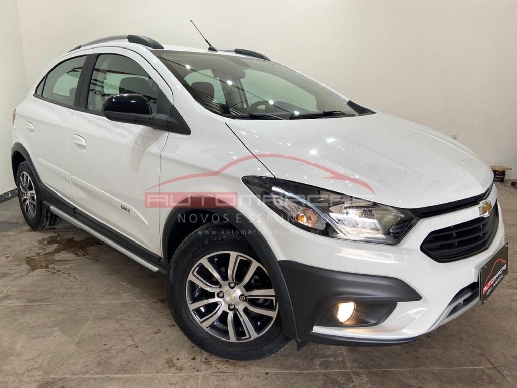 //www.autoline.com.br/carro/chevrolet/onix-14-activ-8v-flex-4p-automatico/2018/sao-luis-ma/12610753