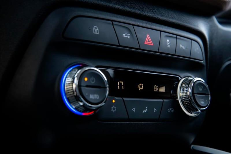 //www.autoline.com.br/carro/chevrolet/onix-10-turbo-premier-12v-flex-4p-automatico/2020/sao-luis-ma/12617853