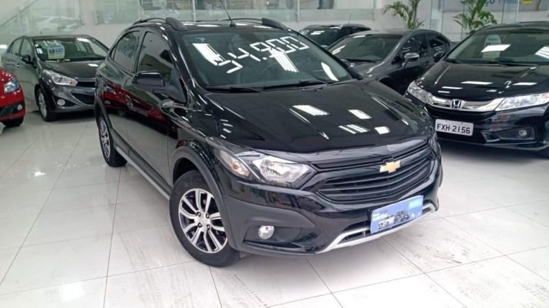 //www.autoline.com.br/carro/chevrolet/onix-14-activ-8v-flex-4p-automatico/2018/sao-paulo-sp/12678660