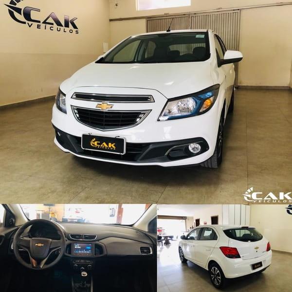 //www.autoline.com.br/carro/chevrolet/onix-14-ltz-8v-flex-4p-manual/2014/brasilia-df/12733754