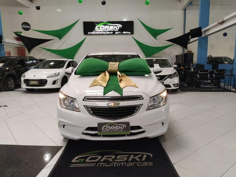 //www.autoline.com.br/carro/chevrolet/onix-10-lt-8v-flex-4p-manual/2015/curitiba-pr/12737525