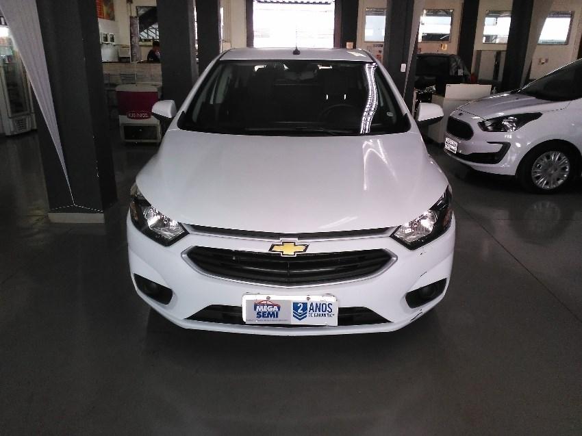 //www.autoline.com.br/carro/chevrolet/onix-14-lt-8v-flex-4p-automatico/2017/ribeirao-preto-sp/12844732