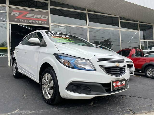 //www.autoline.com.br/carro/chevrolet/onix-14-ltz-8v-flex-4p-automatico/2016/sao-paulo-sp/12973497