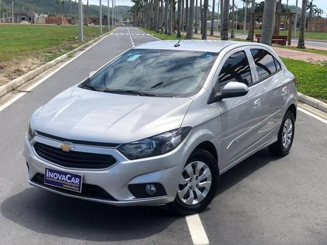//www.autoline.com.br/carro/chevrolet/onix-10-lt-8v-flex-4p-manual/2018/tijucas-sc/13086347