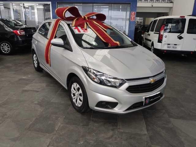 //www.autoline.com.br/carro/chevrolet/onix-10-lt-8v-flex-4p-manual/2019/sao-paulo-sp/13089308