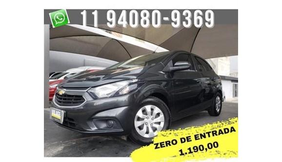 //www.autoline.com.br/carro/chevrolet/onix-10-lt-8v-flex-4p-manual/2019/sao-paulo-sp/13585548