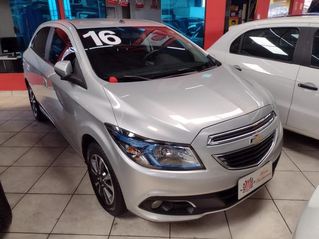 //www.autoline.com.br/carro/chevrolet/onix-14-ltz-8v-flex-4p-automatico/2016/sao-paulo-sp/13933381