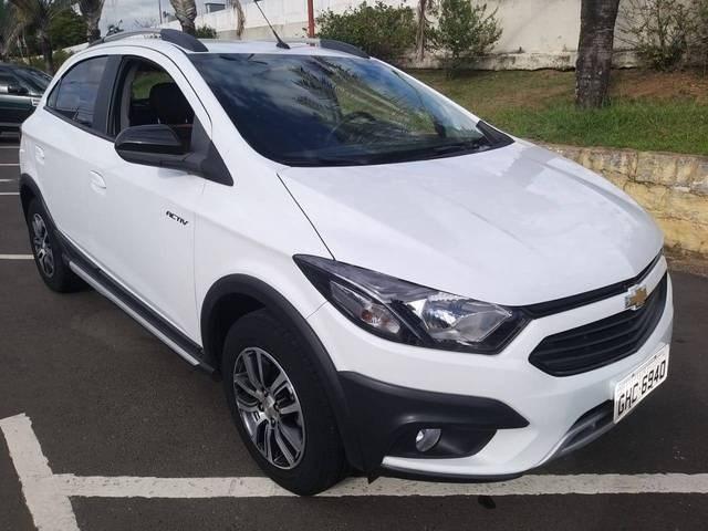 //www.autoline.com.br/carro/chevrolet/onix-14-activ-8v-flex-4p-manual/2017/salto-sp/14046747