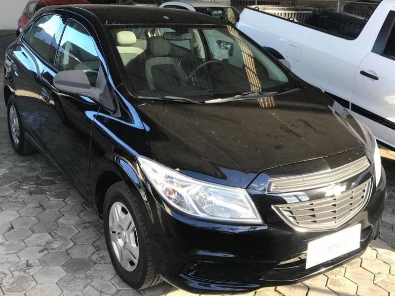 //www.autoline.com.br/carro/chevrolet/onix-14-effect-8v-flex-4p-manual/2015/sao-joao-batista-sc/14412212