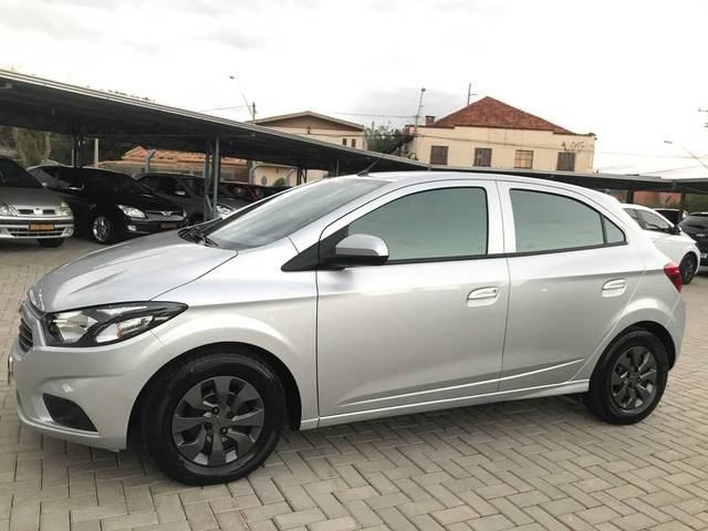 //www.autoline.com.br/carro/chevrolet/onix-10-lt-8v-flex-4p-manual/2019/novo-hamburgo-rs/14451823