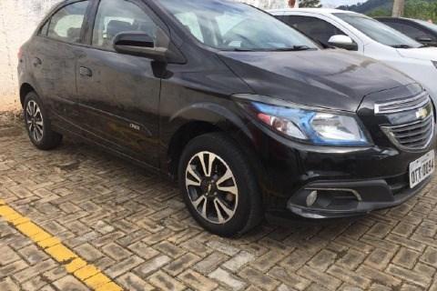//www.autoline.com.br/carro/chevrolet/onix-14-ltz-8v-flex-4p-manual/2015/araguaina-to/14496682