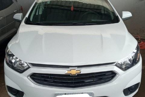 //www.autoline.com.br/carro/chevrolet/onix-10-lt-8v-flex-4p-manual/2018/barreiras-ba/14577214
