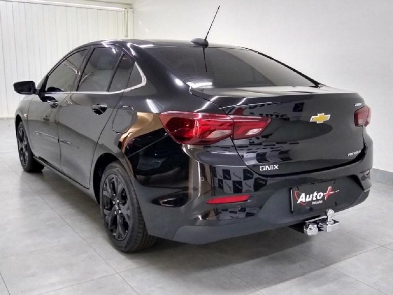 //www.autoline.com.br/carro/chevrolet/onix-10-turbo-premier-12v-flex-4p-automatico/2020/ribeirao-preto-sp/14653367