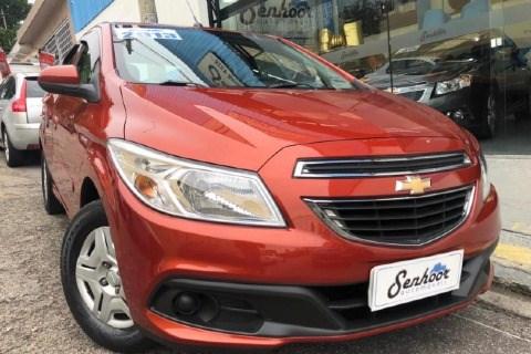 //www.autoline.com.br/carro/chevrolet/onix-10-lt-8v-flex-4p-manual/2013/sao-paulo-sp/14823039