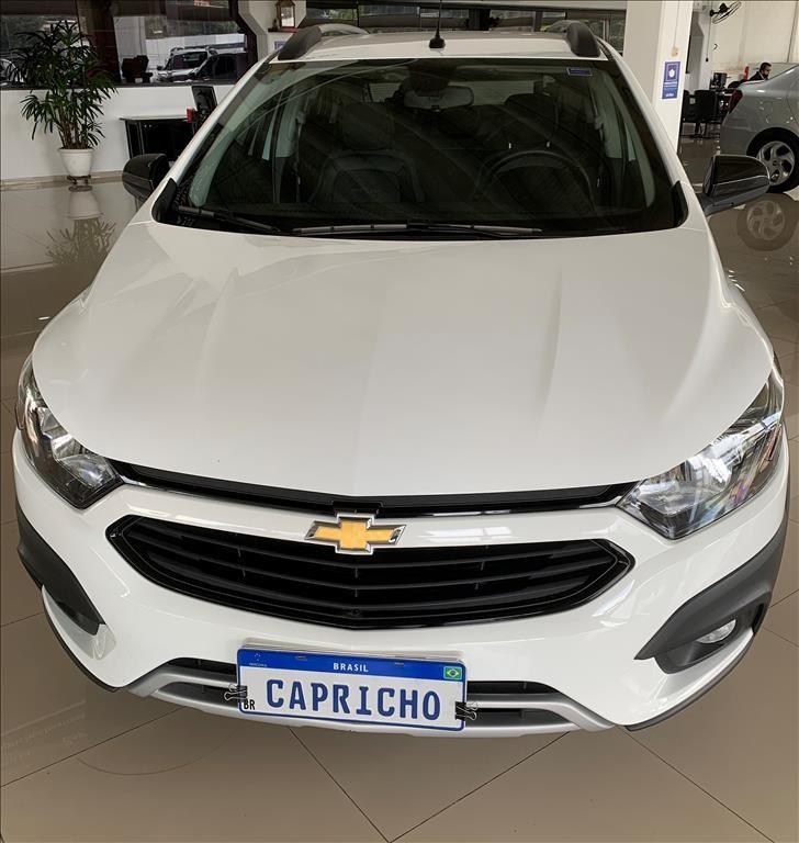 //www.autoline.com.br/carro/chevrolet/onix-14-activ-8v-flex-4p-manual/2019/sao-jose-dos-campos-sp/14831928