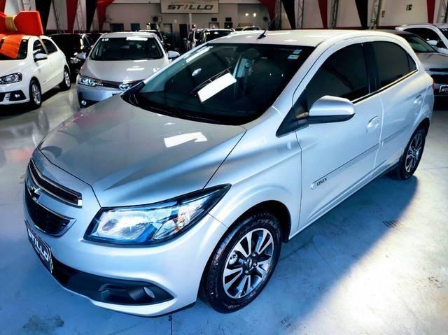 //www.autoline.com.br/carro/chevrolet/onix-14-ltz-8v-flex-4p-manual/2015/paranavai-pr/14835939
