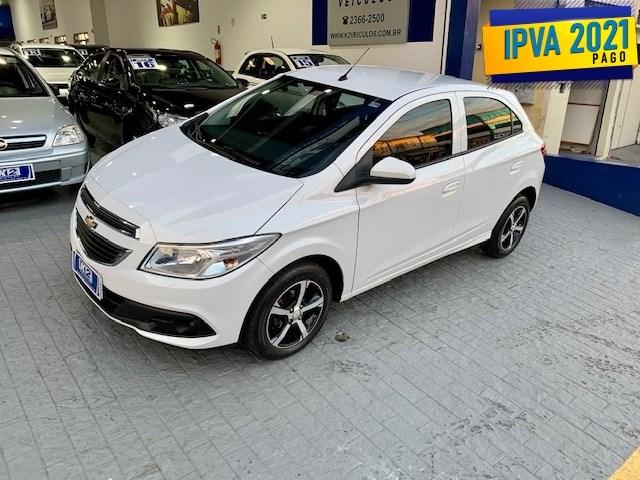 //www.autoline.com.br/carro/chevrolet/onix-10-lt-8v-flex-4p-manual/2014/sao-paulo-sp/14837190