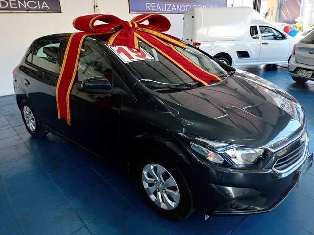 //www.autoline.com.br/carro/chevrolet/onix-10-lt-8v-flex-4p-manual/2019/sao-paulo-sp/14849032