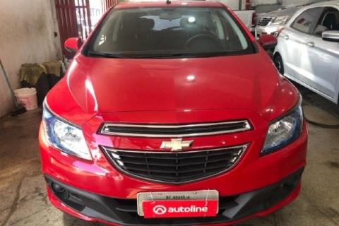 //www.autoline.com.br/carro/chevrolet/onix-14-lt-8v-flex-4p-manual/2015/brasilia-df/14866523