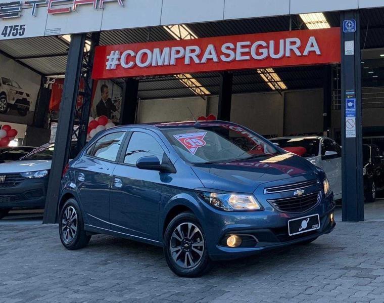 //www.autoline.com.br/carro/chevrolet/onix-14-ltz-8v-flex-4p-manual/2015/sao-paulo-sp/14872965