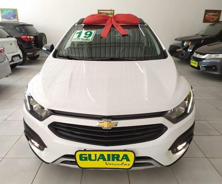 //www.autoline.com.br/carro/chevrolet/onix-14-activ-8v-flex-4p-automatico/2019/sao-paulo-sp/14887037