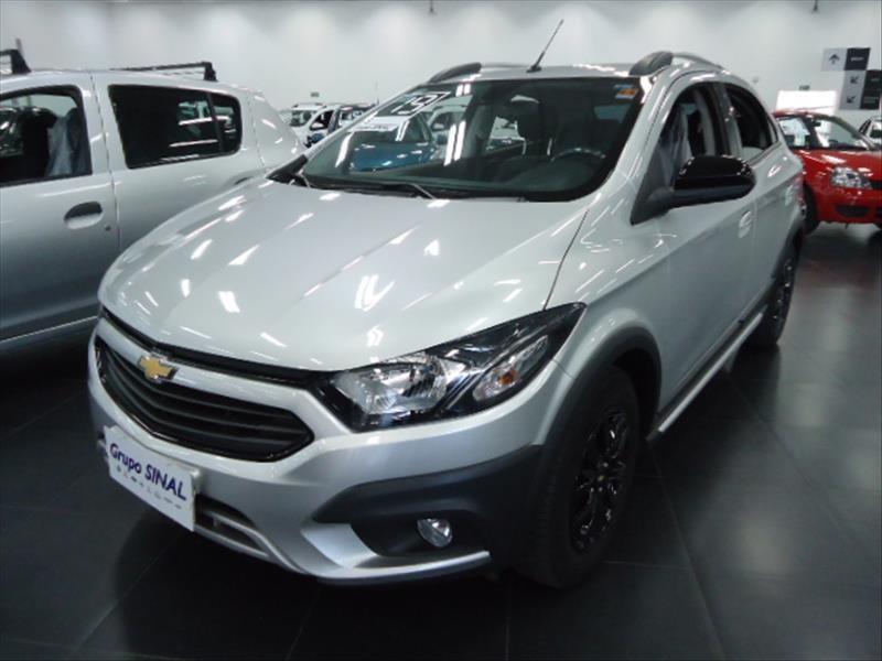 //www.autoline.com.br/carro/chevrolet/onix-14-activ-8v-flex-4p-manual/2019/barueri-sp/14894359