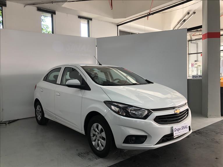 //www.autoline.com.br/carro/chevrolet/onix-10-lt-8v-flex-4p-manual/2018/sao-paulo-sp/14946571