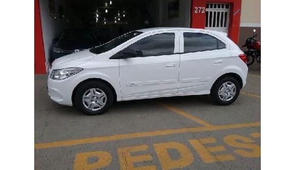 //www.autoline.com.br/carro/chevrolet/onix-10-lt-8v-flex-4p-manual/2015/itabuna-ba/6656638