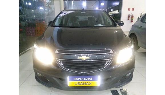 //www.autoline.com.br/carro/chevrolet/onix-14-ltz-8v-flex-4p-manual/2016/sao-paulo-sp/6785778