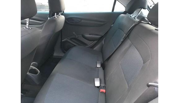 //www.autoline.com.br/carro/chevrolet/onix-10-joy-8v-flex-4p-manual/2018/goiania-go/6954241