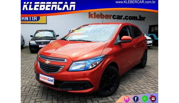 //www.autoline.com.br/carro/chevrolet/onix-14-lt-8v-flex-4p-manual/2013/sao-jose-dos-pinhais-pr/7056532