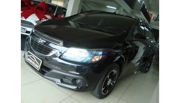 //www.autoline.com.br/carro/chevrolet/onix-14-lt-8v-flex-4p-manual/2013/leme-sp/8046172