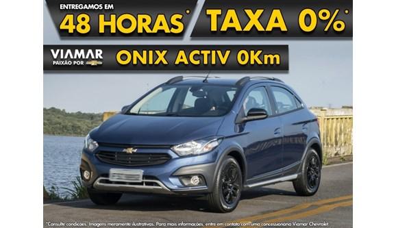 //www.autoline.com.br/carro/chevrolet/onix-14-activ-8v-flex-4p-automatico/2019/sao-paulo-sp/8151107