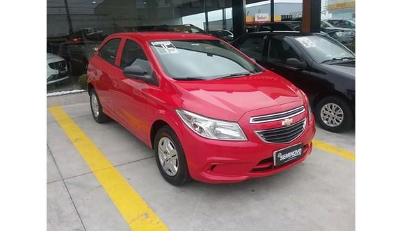 //www.autoline.com.br/carro/chevrolet/onix-10-lt-8v-flex-4p-manual/2015/mogi-das-cruzes-sp/8314753