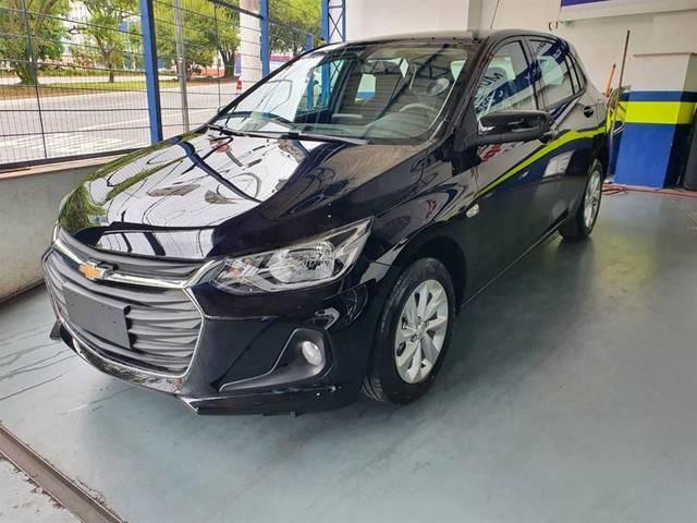 //www.autoline.com.br/carro/chevrolet/onix-plus-10-turbo-lt-12v-flex-4p-manual/2021/sao-paulo-sp/14086538