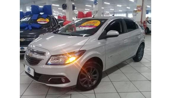 //www.autoline.com.br/carro/chevrolet/onix-14-ltz-8v-flex-4p-automatico/2015/praia-grande-sp/6728595