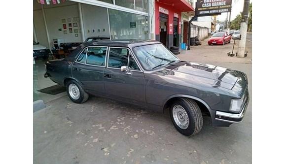 //www.autoline.com.br/carro/chevrolet/opala-25-sle-comodoro-110cv-4p-gasolina-manual/1985/patrocinio-mg/12018418