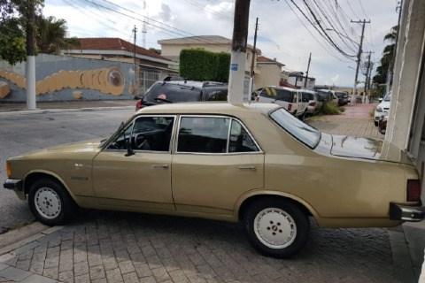 //www.autoline.com.br/carro/chevrolet/opala-25-comodoro-8v-alcool-2p-manual/1984/sao-paulo-sp/14559300