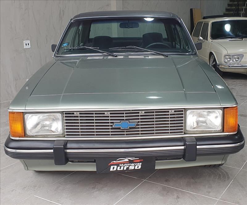 //www.autoline.com.br/carro/chevrolet/opala-25-comodoro-8v-alcool-2p-manual/1984/sao-paulo-sp/15711331