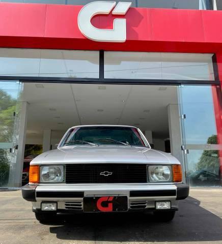//www.autoline.com.br/carro/chevrolet/opala-25-l-8v-alcool-2p-manual/1985/catalao-go/15714096