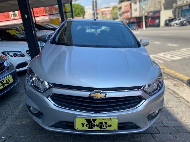 //www.autoline.com.br/carro/chevrolet/prisma-14-ltz-8v-flex-4p-automatico/2018/sao-paulo-sp/12490680