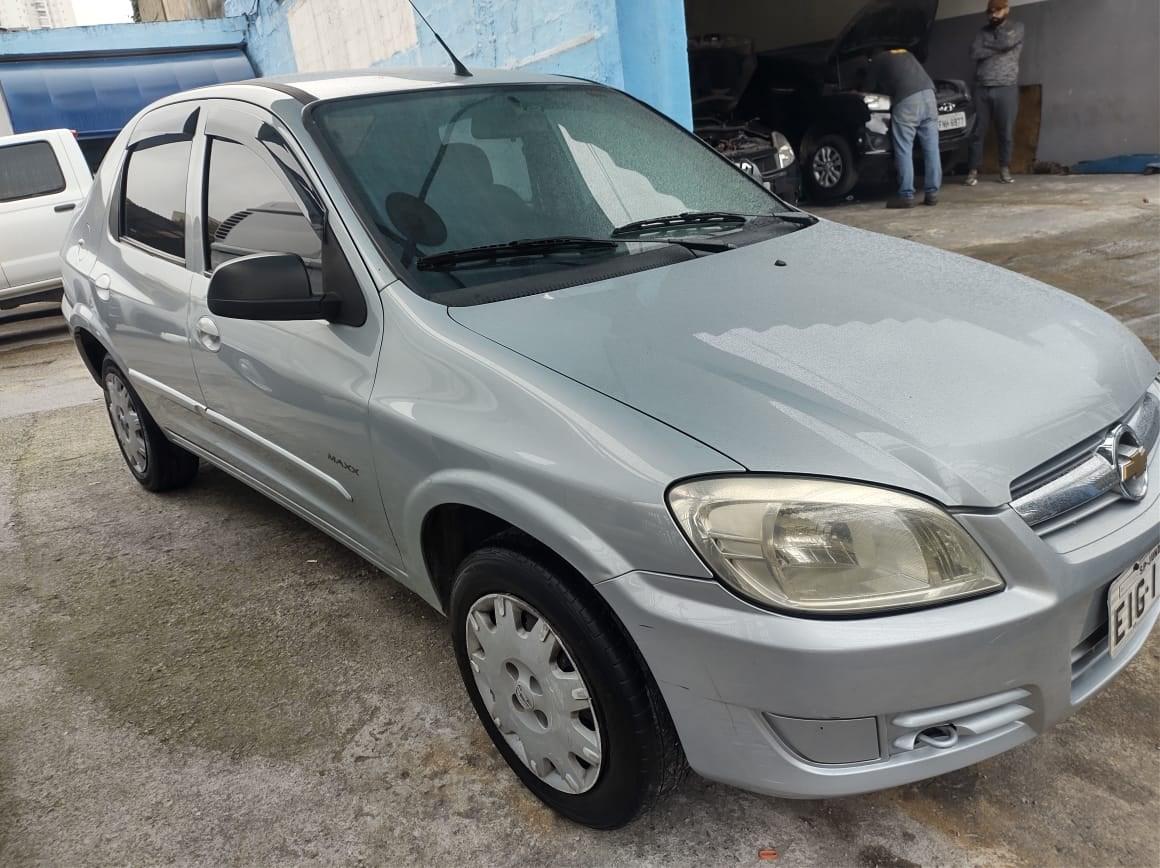 //www.autoline.com.br/carro/chevrolet/prisma-10-joy-8v-flex-4p-manual/2009/sao-paulo-sp/12690632
