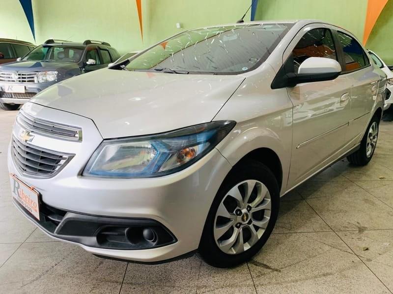 //www.autoline.com.br/carro/chevrolet/prisma-14-lt-8v-flex-4p-automatico/2014/campinas-sp/12850640