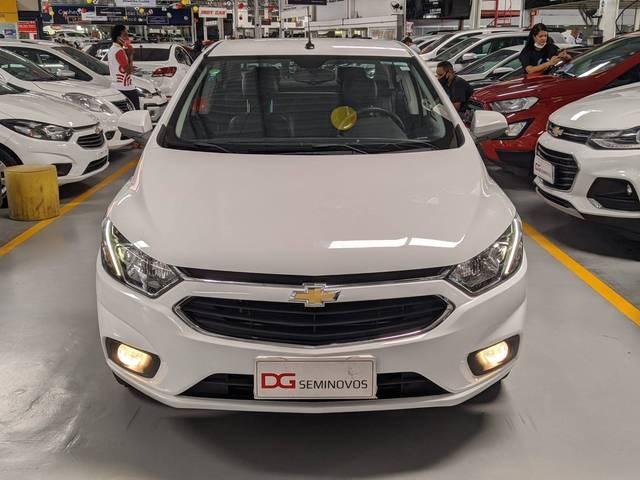 //www.autoline.com.br/carro/chevrolet/prisma-14-ltz-8v-flex-4p-automatico/2018/salvador-ba/13105853