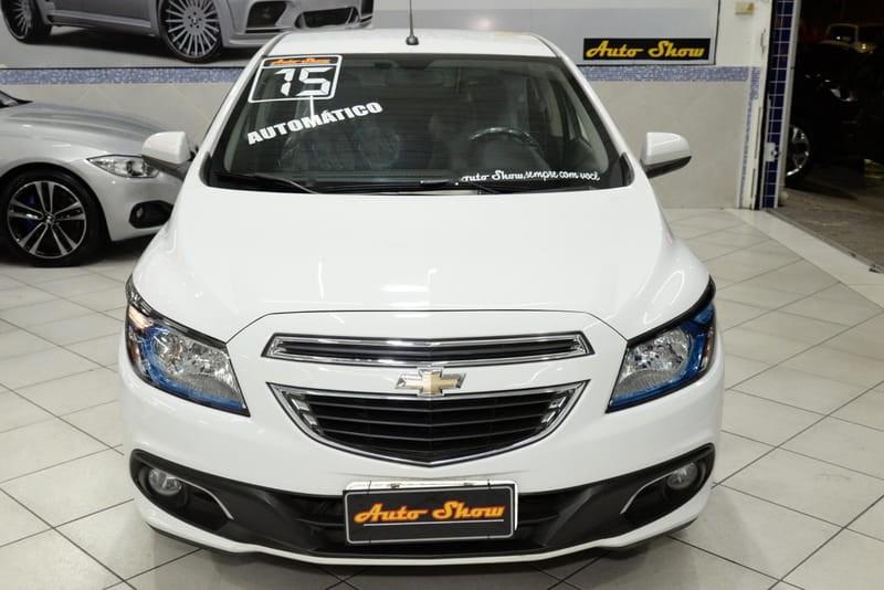 //www.autoline.com.br/carro/chevrolet/prisma-14-ltz-8v-flex-4p-automatico/2015/sao-paulo-sp/14576370