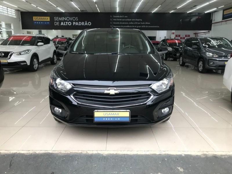 //www.autoline.com.br/carro/chevrolet/prisma-14-ltz-8v-flex-4p-automatico/2017/sao-paulo-sp/15419811