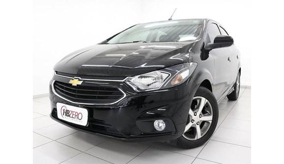 //www.autoline.com.br/carro/chevrolet/prisma-14-ltz-8v-flex-4p-automatico/2017/osasco-sp/8029355