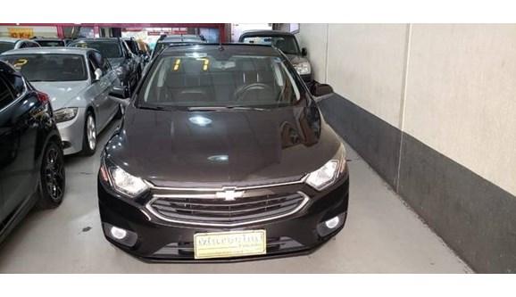 //www.autoline.com.br/carro/chevrolet/prisma-14-ltz-8v-flex-4p-automatico/2017/niteroi-rj/9066435